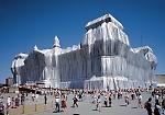 Christo: i 25 anni dell'impacchettamento del Reichstag di Berlino