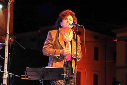 Il front-man Bernardo Lanzetti tra le star del Boretto Festival