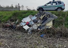 Altri sei multati per l'abbandono dei rifiuti
