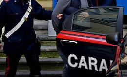 Spaccio di droga e commercio di prodotti contraffatti, arrestato 44enne