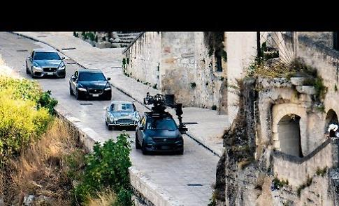 VIDEO Daniel Craig a Matera per il nuovo James Bond