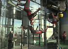 Indoor skydiving, a Milano il simulatore di caduta libera più grande del mondo
