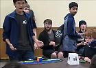 Chicago, risolve il cubo di Rubik in 4 secondi e stabilisce un nuovo record