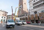 Le immagini delle operazioni di rimontaggio dell'orologio astronomico del Torrazzo di Cremona