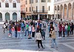 Le foto della performance del Munari in piazza del Comune a Cremona
