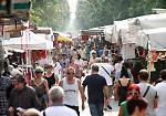 Le immagini del mercato in viale Po