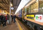 FOTO Matteo Renzi a Cremona, accoglienza in stazione e visita all'Mdv