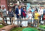 FOTO L'inaugurazione dello zoo dei peluche con Alessandro Cecchi Paone