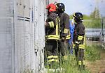 FOTO Incendio alla centrale elettrica, l'intervento dei pompieri