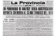 Un pomeriggio di violenze senza giustificazioni: rottami e desolazione nelle redazioni dei due giornali a Cremona