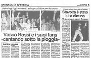 Una folla adorante 'invade' piazza Duomo di Cremona per Vasco Rossi
