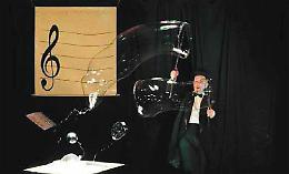 ''E domenica... teatro'' al teatro Galilei di Romanengo ''I giocolieri della Scienza'' 12 gennaio