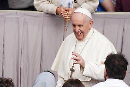 """Papa Francesco """"Tra giovani e anziani una nuova alleanza"""""""