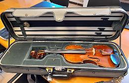 Bottega dietro le sbarre: il violino dei detenuti  rinasce come  «La Fenice»