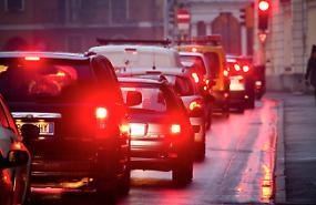 Qualità aria, confermato lo slittamento a gennaio dei blocchi veicoli Euro4 diesel