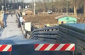 Nuova ondata di piena, chiuso il ponte di Torre d'Oglio