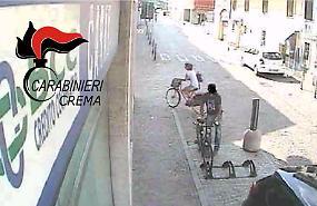 Ladro seriale di biciclette, in manette 34enne tossicodipendente