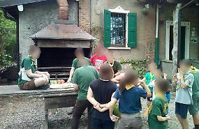 Investito dalle fiamme mentre accende un fuoco, grave scout di 8 anni