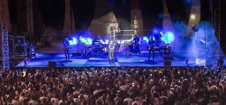 FOTO Il concerto di Nek di lunedì 10 luglio a Cremona