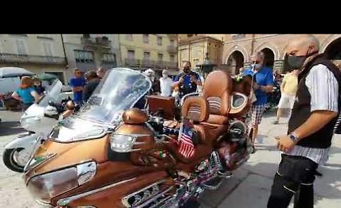 VIDEO Il raduno della Honda Gold Wing sul Listone