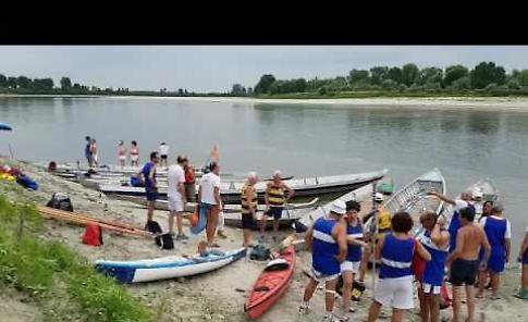 VIDEO L'arrivo della Vogalonga Cremona-motta