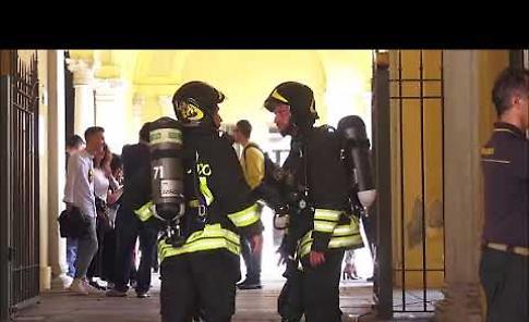 VIDEO L'allarme incendio al Tribunale