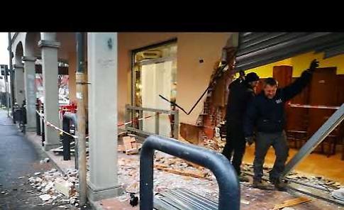 VIDEO Spaccata al bar Portici di Agnadello