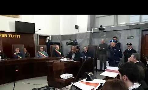 VIDEO La dichiarazione in aula di Ousseynou Sy