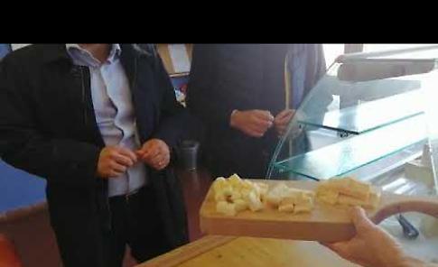 VIDEO2 La visita dell'assessore regionale Fabio Rolfi alla Scuola Casearia