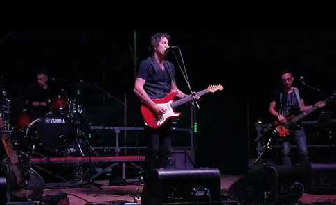 VIDEO Concerto dei Dire Strato, cover band dei Dire Straits nella sede Avis di Casalmaggiore