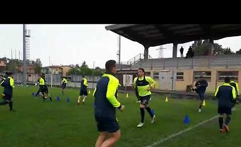 VIDEO Allenamento della Pergolettese che si prepara alla sfida decisiva col Modena